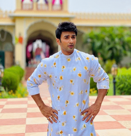 Nishant Malkani Age, Wiki, Biography, Wife, Family, Weight, Height in feet, Net Worth, Movies, Tv Shows & Many More